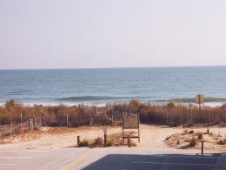 Ocean City, MD Beauty! Slps 10, Max 6 adults.-wkly - Ocean City Area vacation rentals