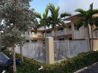 Luxury Studios just steps from the Beach! - Pompano Beach vacation rentals