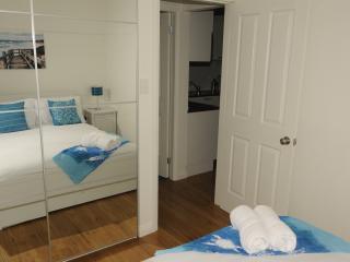 A brand new cottage - Lavender Cottage - Cessnock vacation rentals