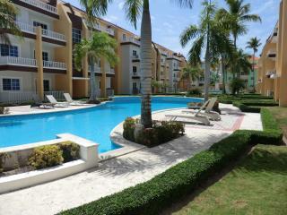 Estrella del Mar 2BR end unit private - Punta Cana vacation rentals