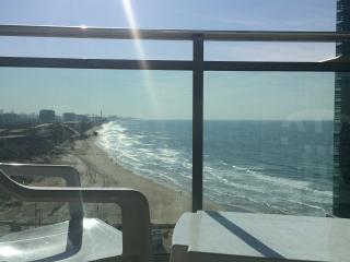 2BD Marina Herzelia Suite - Herzlia vacation rentals