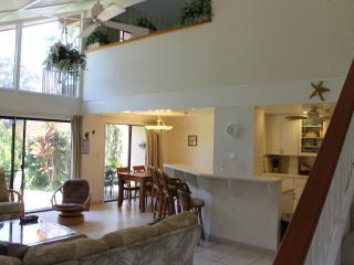 4BR Family Townhome Set in Quiet Kihei Gardens - Kihei vacation rentals