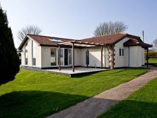 Honeysuckle, Stoneleigh Village located in Sidmouth, Devon - Sidmouth vacation rentals