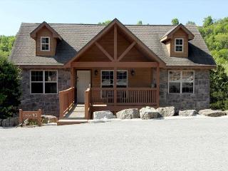Ozark's Getaway-Walk-In 2 bedrom, 2 bath cabin at Stonebridge Resort - Missouri vacation rentals