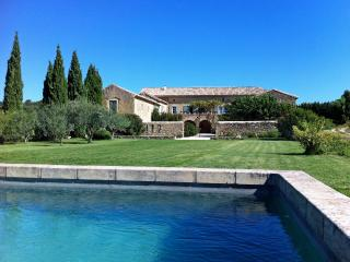 Mas De Soie, 5 Bedroom Restored Mas Between Uzès and Avignon, Sleeps 8 - Uzes vacation rentals