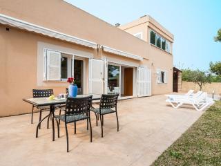 LLAC - 0841 - Puerto de Alcudia vacation rentals