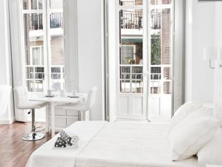 Luxury Suite in Old Town Malaga (3rd Floor) - Malaga vacation rentals
