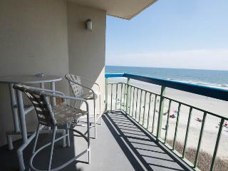 FANTASTIC OCEAN VIEW, 4TH FLOOR POOL, PEACEFUL - North Myrtle Beach vacation rentals