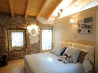 Delizioso appartamento - Sarnico vacation rentals