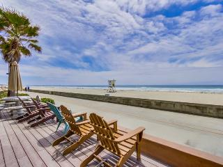 Jersey 2 - Mission Beach 2BR Oceanfront Gem - Mission Beach vacation rentals