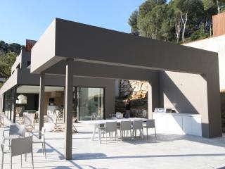 New Luxury Villa 10 minutes walk from beach - Begur vacation rentals