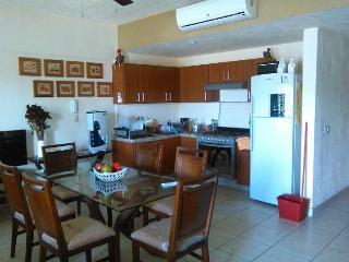 Welcome to Condo Lisa - Puerto Vallarta vacation rentals