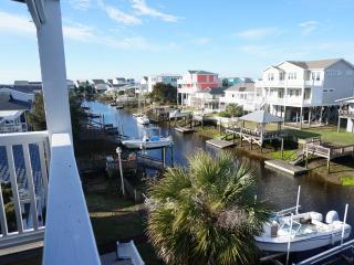 Large home on deep water - walk to ocean & beac - Oak Island vacation rentals
