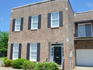 Huntingdon Getaway near Forsyth Park - Savannah vacation rentals
