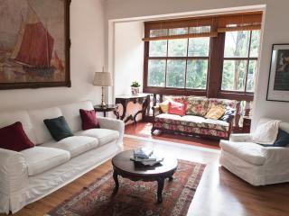 Comfortable 3 bedroom apartment in Leblon - Rio de Janeiro vacation rentals