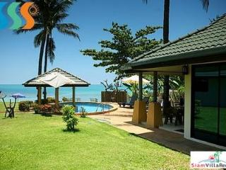 Beachfront Four Bedroom Pool Villa on the North Coast of Samui HOL4102 - Bophut vacation rentals