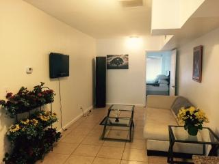 Apartments 150 feet form the beach (933) - Fort Lauderdale vacation rentals