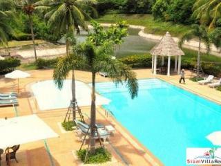 Elegant, Private Six-Bedroom Retreat in Bangsaray near Pattaya PTHOL8008 - Na Chom Thian vacation rentals