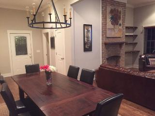 Beautiful & Spacious 3 Br, 2.5 Ba Victorian Home - Brentwood vacation rentals
