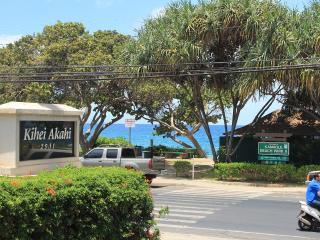 Best Location & Value; 1BR Steps to Beach (KAC213) - Kihei vacation rentals