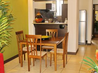Cariari Lapa Premium (+ Tours, Restaurants, buses) - San Jose vacation rentals