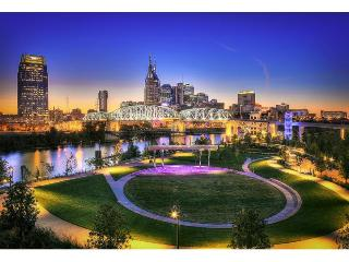 Stay Alfred Walker's Paradise Near Broadway BL2 - Nashville vacation rentals