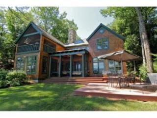 Wentworth Shores Waterfront Luxury Sleeps 16 (RIN112W) - Freedom vacation rentals