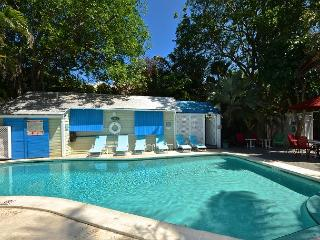 POOLSIDE @ TROPICAL VILLAGE - Studio for 2 w/ Shared Pool. Close to ATL Ocean - Key West vacation rentals