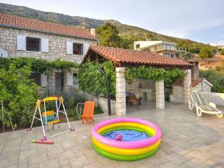CAPTAIN HOUSE - Ivan Dolac vacation rentals