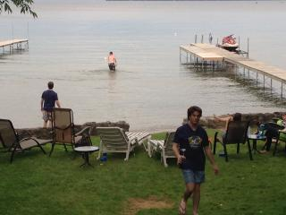 Beach house 1hour from Toronto - Barrie vacation rentals