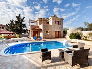 Villa Paleloni - Kefalas vacation rentals