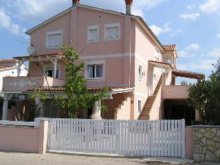 Apartmani Andreas(1350-3499) - Vrbnik vacation rentals