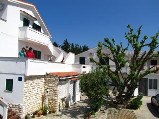 Vesna(1488-3960) - Novalja vacation rentals