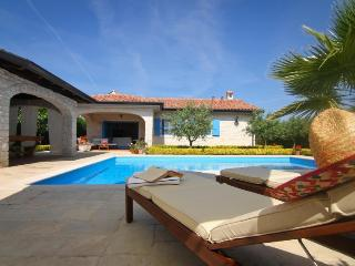 Villa Helena(2094-5373) - Vantacici vacation rentals