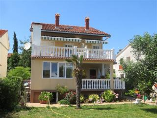 Apartment Zdenka 2(2295-5806) - Cizici vacation rentals