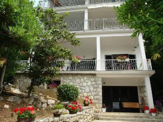MIRANDA(2429-6112) - Selce vacation rentals