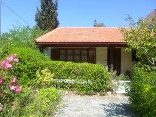 Detached cottage in Nea Makri - Nea Makri vacation rentals