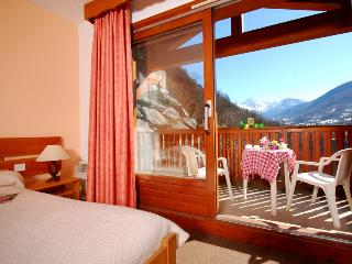 RESIDENCE LA ROCHETAILLEE - Brides-les-Bains vacation rentals