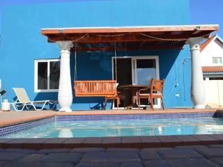 Cozy home with pool - Noord vacation rentals