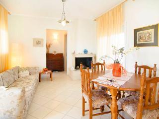 Bright Two Bedroom in Halkidiki Kallithea - Gerakini vacation rentals