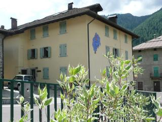 Comfortable apartment in Val di Sole - Mezzana vacation rentals