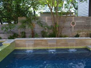 Pool! Walk to ACL, Barton Springs and more! - Austin vacation rentals