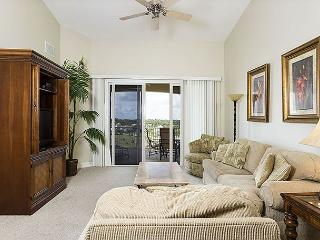 Cinnamon Beach 1064 Penthouse 6th Floor, Elevator, Wifi, 2 Heated Pools, HDTV - Ormond Beach vacation rentals
