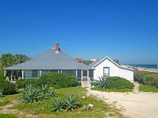 St Augustine Lodge Historic Beach House, 5 bedroom cottage, Ocean Front, WiFi - Saint Augustine vacation rentals