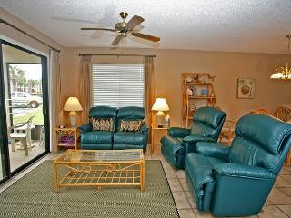 Ocean Village Club H14, WIFI in unit, Flat Panel TV, Ground Level Unit - Saint Augustine vacation rentals