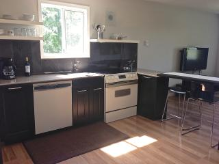 Sunheights Guest Suite close to Beach & Golf - Victoria vacation rentals