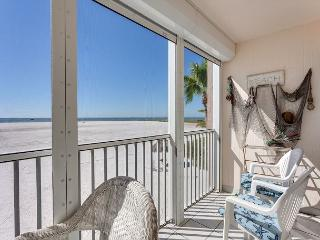Castle Beach 105, Gulf Front, Elevator, Heated Pool - Fort Myers Beach vacation rentals
