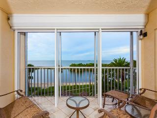 Sun Caper 308, Gulf Front, Elevator, Gym, Heated Pool - Fort Myers Beach vacation rentals