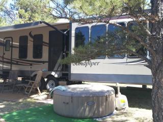 Sandpiper 40ft luxury RVinv No Hassles priv HotTub - Black Hills and Badlands vacation rentals
