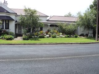 Travellers Rest Bed and Breakfast - Penola vacation rentals